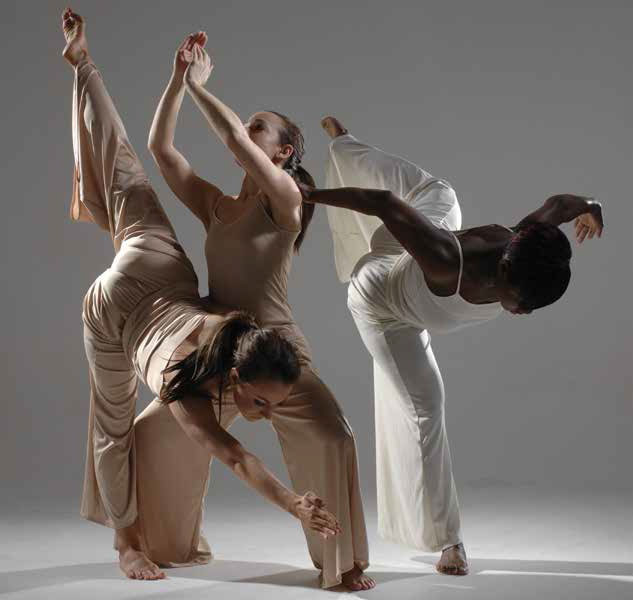 dance history essay The first jazz dancer to dance to jazz music was said to be frisco, who spotted al jolson and started mimicking him at the lambs cafe in chicago.